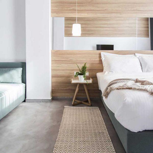 Monogram-Hotel_junior-suite_by-8dsgn
